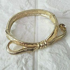 Rachel Leigh Gold Bracelet Bow Detail